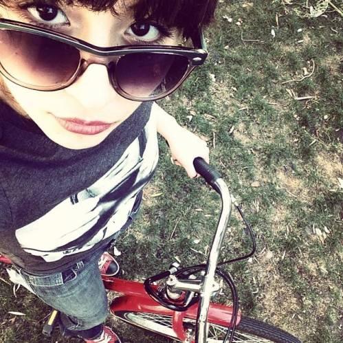 red bike selfie